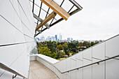 Louis Vuitton Foundation, private museum of modern art, architect Frank Gehry, the Bois de Bologne, Paris, Ile de France, France