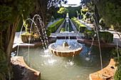 Water fountains, Lower Generalife palace gardens, Alhambra, Granada, Spain