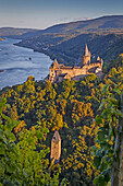 Stahleck Castle in Bacharach with magnificent and strategic vision of the Rhine, Bacharach, Rhineland Palatinate, Germany, Europe.