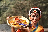Dhaka, Bangladesh. 13th Feb, 2015. Artists perform on stage on the occasion of 'Basanto Utsav' the first day of spring at Dhaka University Fine Arts Institution. Basanto Utsav, which literally means the ´celebration of spring´, falls on the 1st of Phalgun