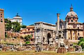 Arch of Septimus Severus, Phokas column, Forum romanum, Rome, Latium, Italy