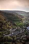 Blick auf Wohnsiedlung am Rosenstein bei Heubach, Aalen, Ostalbkreis, Schwäbische Alb, Baden-Württemberg, Deutschland