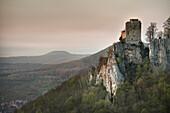 ruin of Reussen Rock Fortress, Neidlingen, Esslingen district, Swabian Alb, Baden-Wuerttemberg, Germany