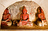 Myanmar (Burma), Sagaing Division, Po Win Taung site, the cave designated by number 568 which houses eleven Buddhas sitting in the posture of Bhûmisparsa muddâ