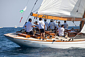 '12m Yacht ''Seven Seas of Porto'', Naval Architect Clinton H. Crane 1935, Classic Sailing Regatta ''Les Voiles de St. Tropez'', St. Tropez, Côte d'Azur, France'