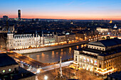 France, Paris, area listed as World Heritage by UNESCO, general view at the sunset with the Conciergerie, Châtelet square and theatre on the right, banks of the Seine listed as Word Heritage by UNESCO