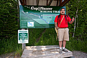Canada, Ontario Province, Manitoulin Island, hiking at Cup and Saucer with the Amerindian guide Falcon Migwans