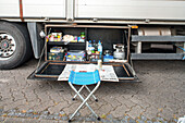 Truck parking, roadhouse, rest house, German Autobahn, truck driver's picnic, locker, supplies, meals, roadside, self-sufficient, motorway, freeway, speed, speed limit, traffic, infrastructure, Germany