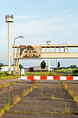 checkpoint, former border crossing, control zone, fence, German Autobahn, east German border, passport control booths, motorway, freeway, speed, speed limit, traffic, infrastructure, Helmstedt, Germany