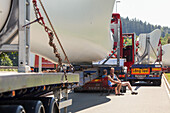 A 9, heavy load, wind turbine transport, rotor blades, German Autobahn, truck drivers, break, waiting, convoy, motorway, freeway, speed, speed limit, traffic, infrastructure, Germany
