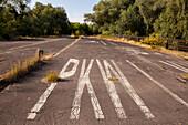 former historic German Autobahn, GDR, east Germany, motorway, freeway, speed, speed limit, traffic, infrastructure, former control zone, German Autobahn, deserted, ruin, overgrown, neglect, disused, Dreilinden, Berlin, Germany