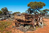 Old wagon along the outback road near the Pondanna ruins, Pondanna Ruins, Australia, South Australia