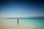 Beach with view of Lombok, Gili Trawangan, Lombok, Indonesia