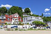 Beach and villas by the Elbe, Blankenese, Hanseatic City of Hamburg, Northern Germany, Germany, Europe
