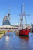 Old harbour with Atlantik Hotel Sail City, Mediterraneo and Klimahaus in the Havenwelt, Bremerhaven, Hanseatic City Bremen, North Sea coast, Northern Germany, Germany, Europe