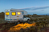 camping, 4WD Campervan, morning,Nevis Road, tussock landscape, Central Otago, South Island, New Zealand