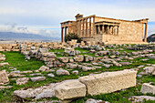 Erechtheion, with Porch of the maidens or Caryatids, Acropolis, UNESCO World Heritage Site, Athens, Greece, Europe