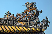 Thai Hoa Palast aus dem 19. Jahrhundert, Dach Detail, die Verbotene Stadt (Purple City) im Herzen der Kaiserlichen Stadt, UNESCO Weltkulturerbe, Hue, Thua Thien Hue Provinz, Vietnam, Indochina, Südostasien, Asien