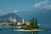Isola dei Pescatori, from Isola Bella, Borromean Islands, Lake Maggiore, Piedmont, Italian Lakes, Italy, Europe