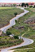 Spain, Castile-Leon, Segovia, Calle de La Veracruz, Winding road