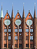 The Alte Markt (old market) with the iconic town hall. The Hanseatic City Stralsund. The old town is listed as UNESCO World Heritage. Europe, Germany, West-Pomerania, June.