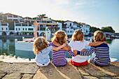 Boys and girls, Port Socoa, Ciboure, Aquitaine, Pyrenees Atlantiques, France, Europe