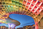 Metropol Parasol at the Plaza de la Encarnacion in Seville, J. Mayer Hermann architects, bonded timber with polyurethane coating, editorial only, Seville, Andalucia, Spain