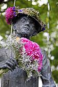 Karl Valentin fountain, Viktualienmarkt, Munich, Upper Bavaria, Bavaria, Germany