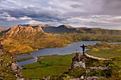 Stac Pollaidh, Summit, Sgorr Tuath, Loch Lurgainn, Person, Assynt, Scotland