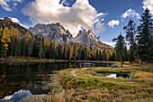 Spiegelung, Herbst, Lago Antorno, Cadini Gruppe, Alpen, Dolomiten, Italien