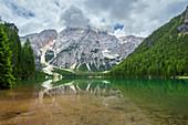 Spiegelung, Lago di Braies, Pragser Wildsee, Seekofel, Dolomiten, Alpen, Italien, Europa