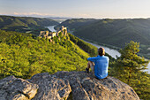 One person, castle ruins Aggstein, Danube, Wachau, Lower Austria, Austria