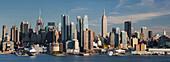 Blick nach Manhatten vom Hamilton Park, Hudson River, Jersey City, New Jersey, USA