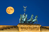 Full moon, Super moon, Berlin brandenburg gate , paris square, quadriga