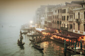 View from Rialto bridge to Canal Garnde at dusk, fog, gondolas ,  Venedig, Venezia, Venice, Italia, Europe