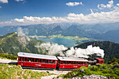 Schafbergbahn, steilste Zahnradbahn Österreichs, St. Wolfgang am Wolfgangsee, Oberösterreich, Österreich, Europa