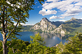 Lake Traunsee, Traunkirchen, Mount Traunstein, Upper Austria, Austria, Europe