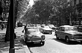 1959, streetscene, Paris, France