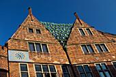 Detail of the Roseliushaus, Böttcherstraße, Bremen, Germany