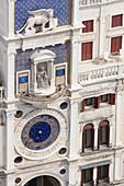 Europa, Italien, Venetien, Venedig, Detail der Uhr aus dem Glockenturm, St, Marks, Platz