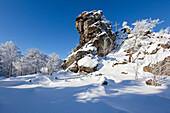 "Feldstein rock, rock formation ""Bruchhauser Steine"", near Olsberg, Rothaarsteig hiking trail, Rothaargebirge, Sauerland region, North Rhine-Westphalia, Germany"
