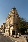 Maison Internationale du Vin - center of the retail of luxury goods