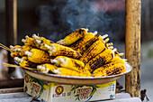 BBQ Maiskolben, Bali, Indonesien