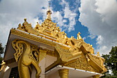 Außenansicht des Mahamuni Buddha-Tempels, Mandalay, Mandalay, Myanmar
