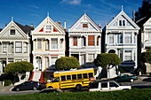 'USA, San Francisco, The famous ''Painted Ladies'' on Steiner Street near Alamo Square'