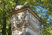 France, Paris 20th district. Pere Lachaise cemetery. Grave of the Vice-Admiral of Empire Denis Decres (1761-1820).