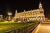 Night photography of the Gran Teatro de la Habana, Havana, Cuba, West Indies, Central America
