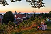 People enjoy views of Old Town from above de Doms, Schweden