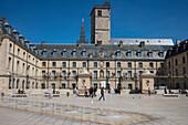 Neoclassical Palace of the Dukes and States of Burgundy (Palais de Ducs et des Etats de Bourgogne) now Town Hall and Arts Museum, with fountains at Place de la Liberation, Dijon, Côte-d'Or, Bourgogne-Franche-Comté, France