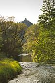Blick über die Ahr zur Burg Are, Altenahr, Ahrsteig, Rotweinwanderweg, Ahr, Rheinland-Pfalz, Deutschland